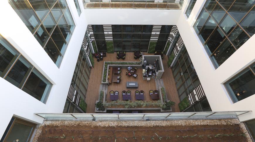 Metropolitan Hotel 2